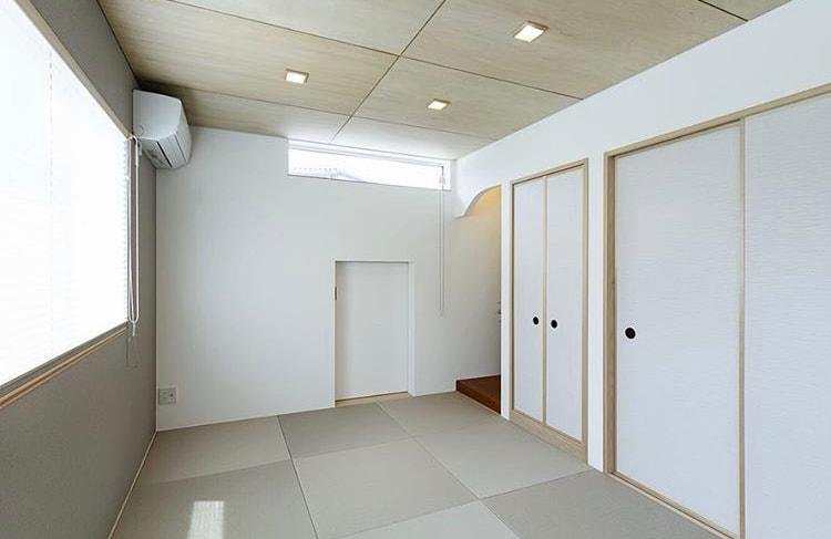 サービスルーム収納を和室の奥に設置