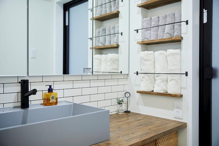 収納スペースが便利な洗面台