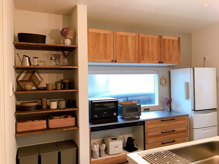 収納スペースが計算されたキッチン
